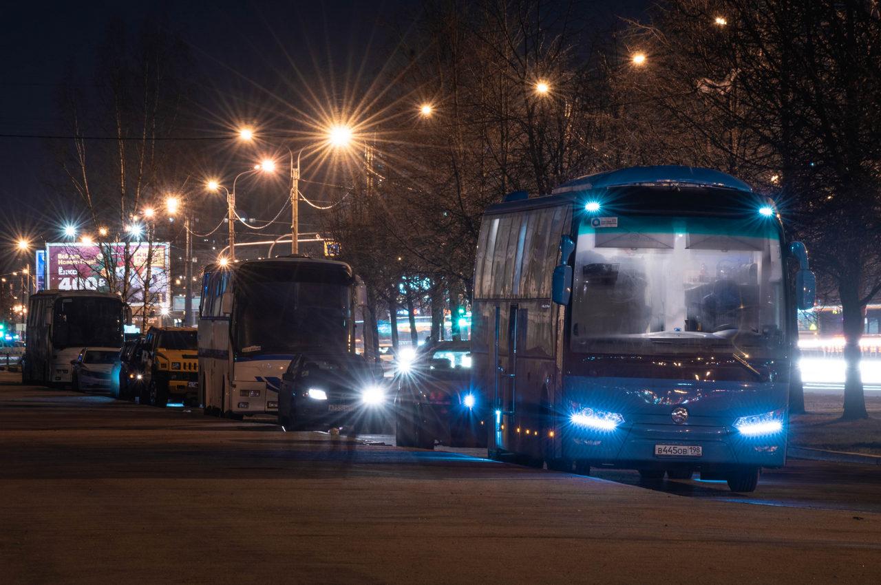 Синий автобус гуманитарное действие спб