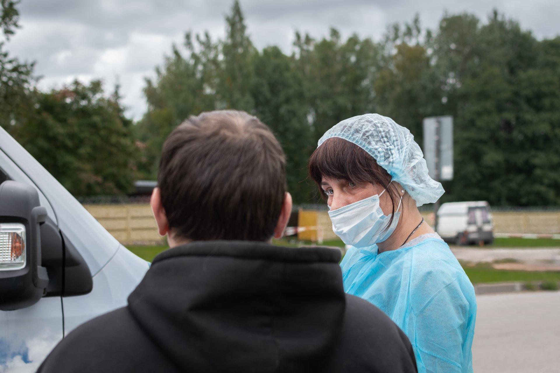 Ищем волонтеров-равных консультантов по ВИЧ в Ленобласти